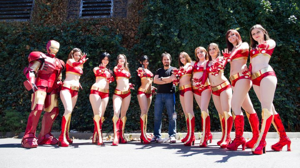 Alexandre Astier et les Iron girls à comic con' Paris